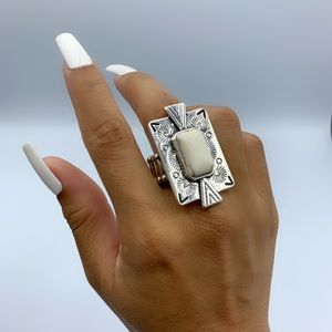 "White Silver ""So Smithsonian"" Stretchy Ring"